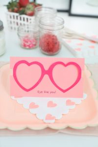 heart glasses valentines day card