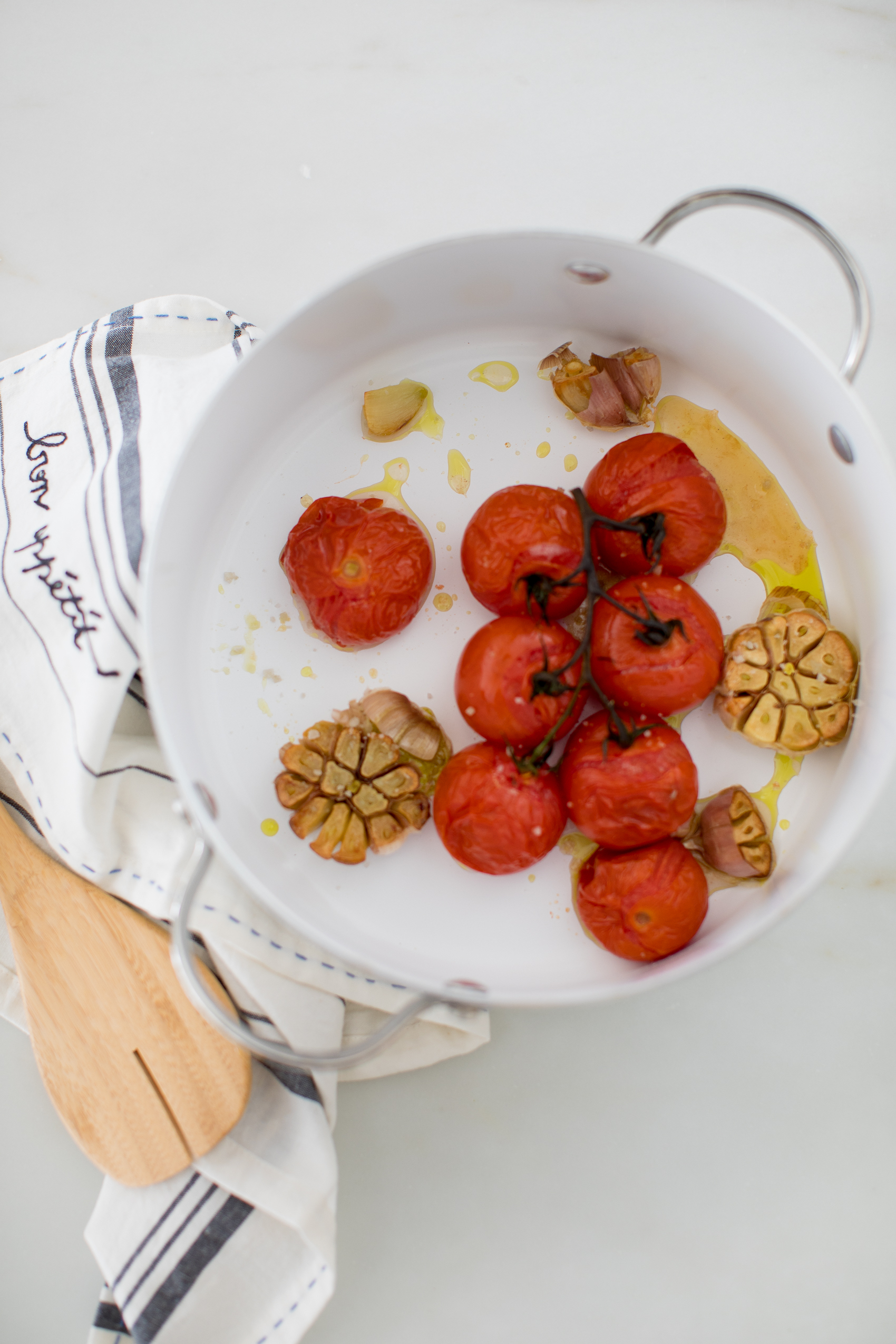 roasted tomatoes with garlic in pot
