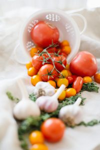 fresh garlic, tomatoes, and thyme for tomato soup