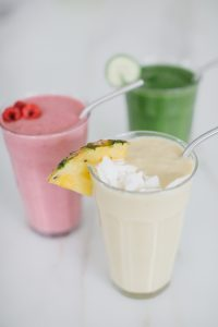 smoothies on counter metal straw