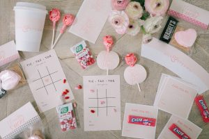 printable valentines cards flat lay