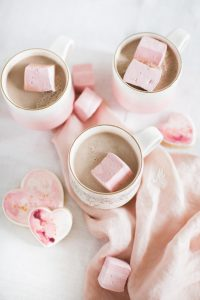 hot chocolate with marshmallows and heart cookies