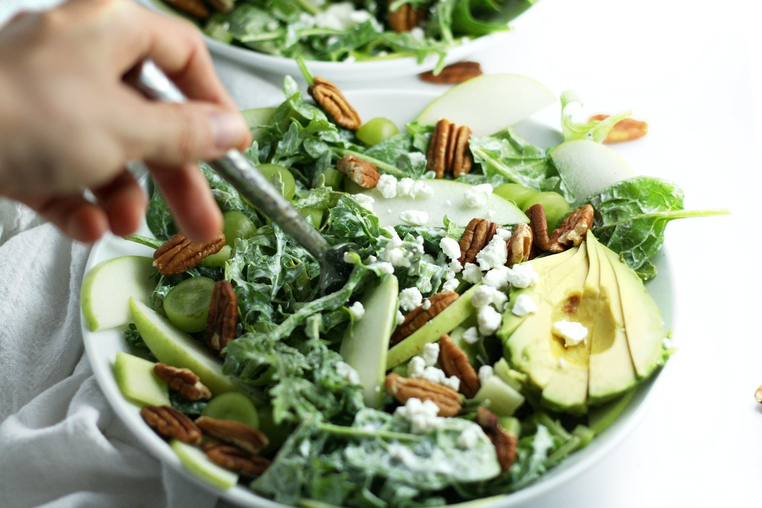 Kale pecans green apple and avacado salad