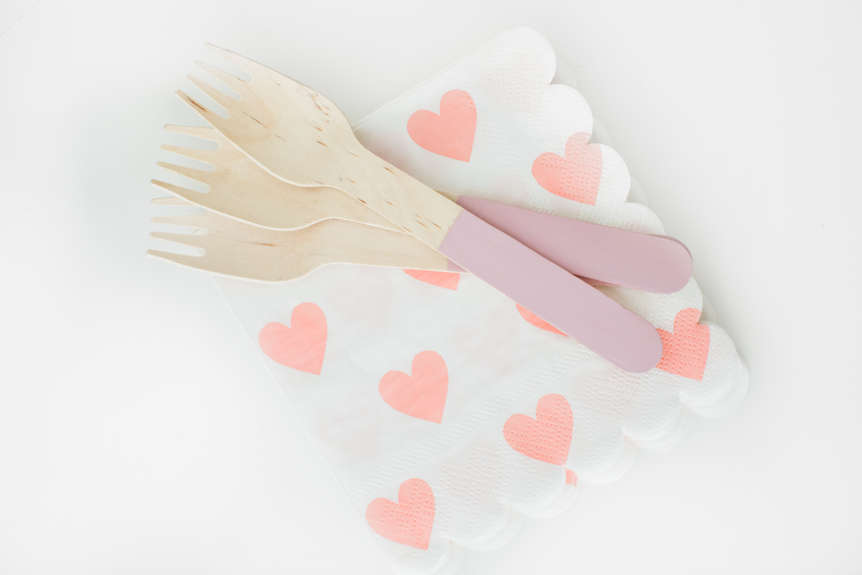 kids wood forks and heart napkins
