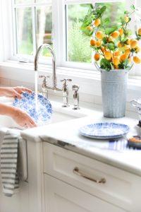 washing dishes melamine plate