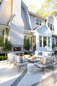 Hampstons style outdoor space