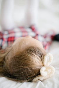 little girl bow in hair