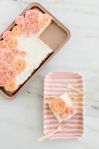 buttercream roses on sheet cake